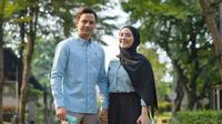 Setelah menikah, Lucky Perdana dan sang istri kian romantis. (Sumber: Instagram/lidibrugman)