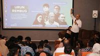 Menteri Koperasi dan UKM Teten Masduki dalam acara Indonesia Creative Cities Network  (ICCN) bersama Jogja Creative Society (JCS) dan Sleman Creative Community (SCC) di Sleman Creative Space.