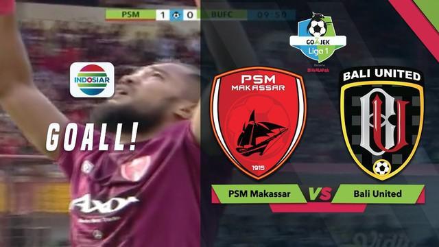 Zulham Zamrun mencetak gol pembuka bagi PSM Makassar saat menghadapi Bali United dalam lanjutan Gojek Liga 1 2018 bersama Bukalapak, Minggu (25/11/2018)