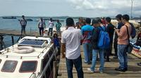 Transportasi laut jadi moda transportasi alternatif di Morotai saat penerbangan terganggu erupsi.