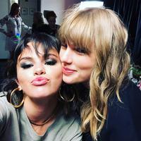 Persahabatan Taylor Swift dan Selena Gomez memang tak bisa diremehkan. (instagram/selenagomez)