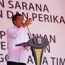 Politikus Partai Golkar Mukhamad Misbakhun saat bertemu masyarakat 'Tapal Kuda Jawa Timur. (Istimewa)