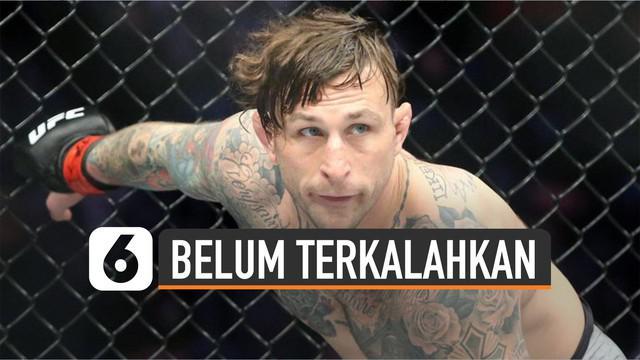 Ajang UFC punya sejumlah petarung yang belum terkalahkan. Mereka telah menjalani lebih dari 10 pertarungan MMA .