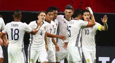 Kolombia meraih peringkat ketiga Copa America Centenario 2016 setelah menaklukkan tuan rumah Amerika Serikat 1-0, Minggu (26/6/2016) pagi WIB. Gol dicetak Carlos Bacca di menit ke-31. (Reuters/Mark J. Rebilas-USA Today Sports)