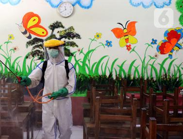 FOTO: Persiapan Sekolah di Tangerang Menghadapi New Normal