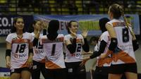 Putri Jakarta BNI 46 mengalahkan Bandung Bank BJB Pakuan dalam perebutan tempat ketiga Proliga 2019. (Liputan6.com/Bogi Triadi)