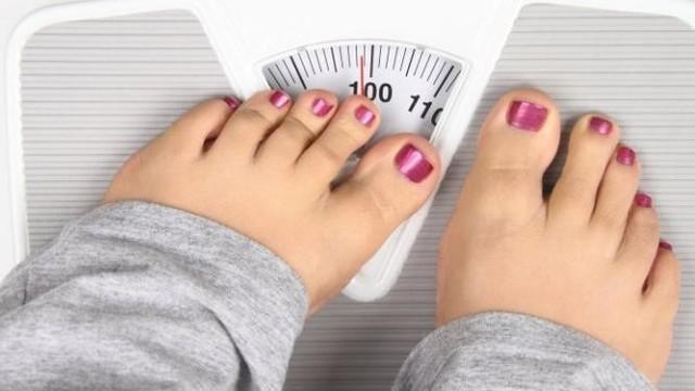 Bulan Ramadan, terkadang ada orang yang mengeluhkan bertambahnya berat badan selama berpuasa pada bulan ini. Hindari 3 gaya hidup ini!!!