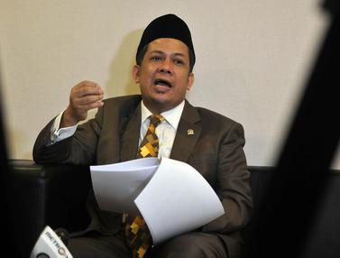 20160429-Fahri-Hamzah-Laporkan-Presiden-PKS-ke-MKD-Jakarta-JT