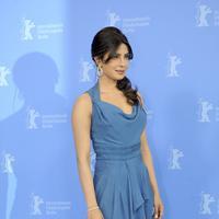 Dalam berpakaian, Priyanka Chopra sangat percaya diri untuk menonjolkan setiap lekuk tubuh yang menawan. (Bintang/EPA)