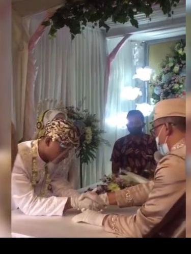 Pernikahan Bermahar Bakso Goreng Jadi Viral, Pengantin Baru Sampai Dicari Jenita Janet