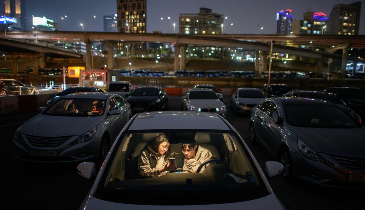 drive in cinema, penonton tidak boleh keluar dari kendaran