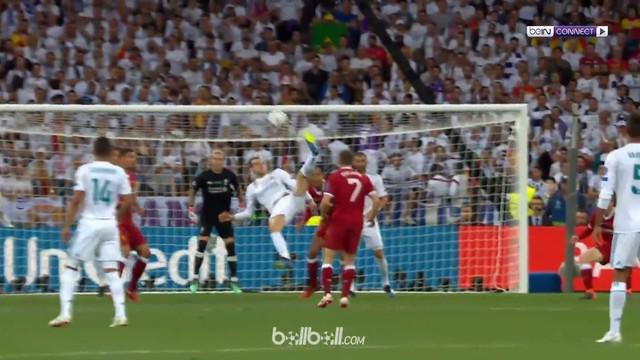Gareth Bale mencetak gol spektakuler di Final Liga Champions saat Real Madrid hadapi Liverpool. This video is presented by Ballball.