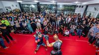 Para penggemar MMA memadati latihan terbuka One Championship: For Honor, di Jakarta, Selasa (30/4). (ONE Championship)