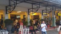 Suasana Bandara Ahmad Yani yang ditutup akibat sebaran debu vulkanik Merapi, Jumat (1/6/2018). (foto : Liputan6.com/edhie prayitno ige)