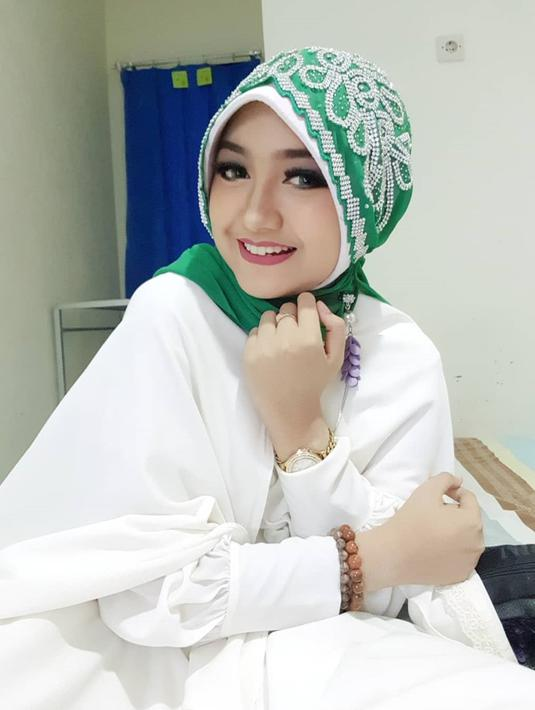 FOTO: Pesona Jihan Audy dalam Balutan Hijab, Anggun dan Cantik ...