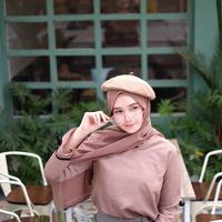 hijabers | pexels.com/@fety-puja-amelia-918024