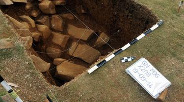 Proses ekskavasi situs megalitikum Gunung Padang di Kampung Cimanggu, Jawa Barat, masih terus berjalan, (20/9/2014). (Liputan6.com/Helmi Fithriansyah)