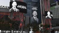 Penghormatan kepada mendiang Kobe Bryant (AP Photo/Michael Owen Baker)