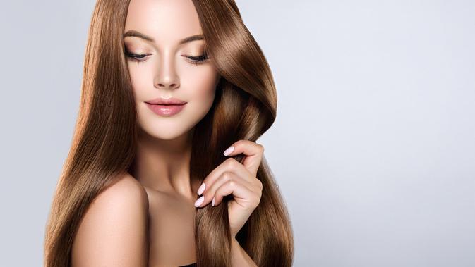 Cara Merawat Rambut Yang Mudah Dan Alami Untuk Rambut Kering Rontok Dan Berketombe Health Liputan6 Com