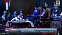Presiden Joko Widodo dan Wakil Presiden Muhammad Jusuf Kalla kompak berdasi merah