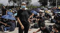 Demonstran Hong Kong di depan kantor kepolisian (AFP PHOTO)