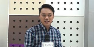 Sukses menjadi pemenang di D'academy Asia, Danang berhasil menyanyikan salah satu lagu dari komposer terkenal dari Malaysia yang bernama Pak Ngah. Seperti apa sih perjuangan dan kesulitan Danang  untuk single ini?