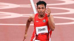 Atlet asal Lombok itu membukukan waktu 10,26 detik, tertinggal hanya 0,22 detik di belakang sprinter Afrika Selatan, Gift Leotlela, yang menjadi sprinter tercepat dalam lomba heat 4 ini. (Dok NOC Indonesia)