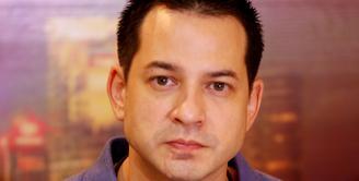 Kalau melihat wajahnya yang seperti ini, kalian akan menyangka kalau dia masih sangat muda (Wimbarsana/Bintang.com)