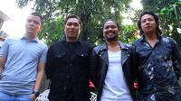 Sementara itu, Rizal sang vokalis pun mengungkap hal yang sama. Dirinya tidak memungkiri jika di tahun 2017 ini merupakan tahun terbaik untuk grup band Armada. (Nurwahyunan/Bintang.com)