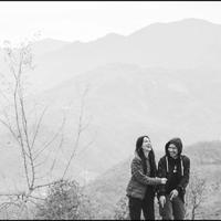 Gading Marten dan Sophia Latjuba saat menikmati sejuknya kota Pokhara di Nepal (Dok.Instagram/@gadiiing/https://www.instagram.com/p/BusRuMznTYo/Komarudin)