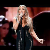 Penikmat musik di tanah air akan kembali berbahagia lantaran salah satu idola mereka dari luar negeri akan menyambaginya. Ya, Mariah Carey si pemilik suara emas ini akan datangke Indonesia. (Instagram/mariahcarey)