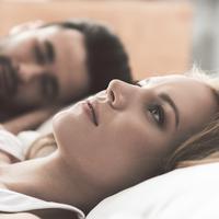 Ilustrasi tidur setelah seks (iStockphoto)