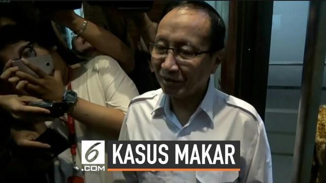 Mantan Kapolda Metro Jaya Sofyan Jacob memenuhi panggilan polisi terkait kasus dugaan makar. Namun Sofyan tidak bersedia diperiksa karena alasan kesehatan.