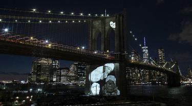 FOTO: New York Peringati 30 Ribu Kematian Akibat COVID-19
