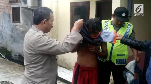 Belasan orang gangguan jiwa ditangkap dalam sebuah razia yang diadakan oleh polres Bogor.