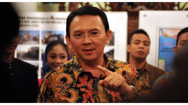 asuri Tjahaja Purnama harus mengakui kekalahannya dalam Pilkada Belitung Timur 9 Desember 2015. Kendati belum ada hasil resmi dari KPU, namun adik kandung dari Gubernur Jakarta Basuki Tjahaja Purnama itu berdasarkan hasil hitung cepat tertinggal jauh deng