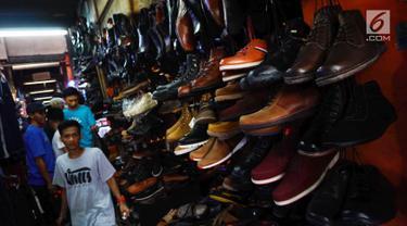 Berita sepatu Hari Ini - Kabar Terbaru Terkini  85d52f8641