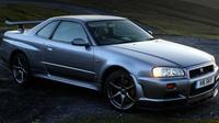Nissan memiliki cara untuk melestarikan mobil sport legendarisnya, yakni GT-R seri R33 dan R34. (Motor1)