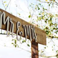Pesta pernikahan adalah gengsi. Gengsi adalah pesta pernikahan. Yak sip. (Sumber foto: unsplash.com)
