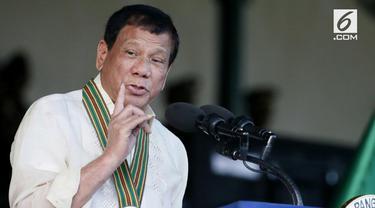 Putra Presiden Filipina Rodrigo Duterte, dan menantunya, Manases Carpio, ditimpa kabar miring. Mereka dituduh terlibat dalam Narkotika