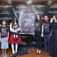 Launching poster The Sacred Riana : Begining (Daniel Kampua/Fimela.com)