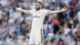 2. Karim Benzema (Real Madrid) - 21 Gol (3 Penalti). (AP/Paul White)