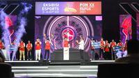 Seremoni penghargaan terhadap para pemenang dalam Ekshibisi Esports PON Papua 2021 di Jayapura, Minggu (26/9/2021). (Ist)
