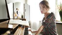 IU mengarang sebuah lagu untuk soundtrack drama yang diperankan Gong Hyo Jin dan Kim Soo Hyun.