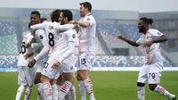 AC Milan meraih kemenangan 2-1 atas Sassuolo pada laga pekan ke-13 Serie A di Stadio Mapei, Minggu (20/12/2020) malam WIB. (Spada/LaPresse via AP)