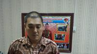 Burhan, yang merupakan pengusaha ditahan polisi dan menjadi tersangka kebakaran pabrik korek api gas di Langkat. (Liputan6.com/Reza Efendi)