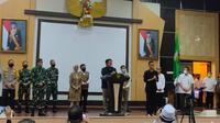 Gubernur Sumsel Herman Deru mengumumkan PSBB di Kota Palembang dan Prabumulih (Liputan6.com / Nefri Inge)