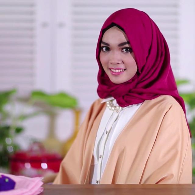 Tutorial Hijab Simpel Bikin Tampilan Makin Stylish Ramadan Liputan6 Com