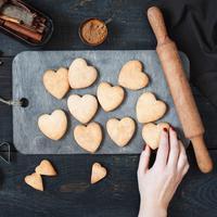 Tips agar kue tidak melebar saat dipanggang./Copyright shutterstock.com