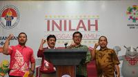 Deputi III Kemenpora Raden Isnanta (kedua dari kanan) saat memberi keterangan soal Gowes Nusantara (istimewa)